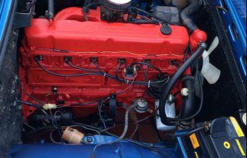 Chevrolet Caravan L 2.5