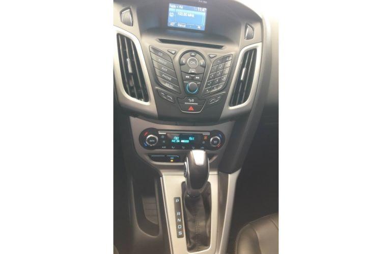 Ford Focus Fastback SE 2.0 PowerShift - Foto #6