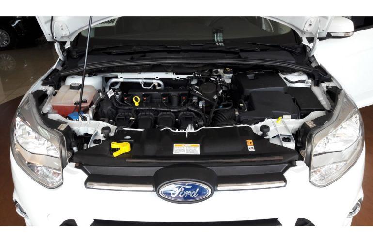 Ford Focus Fastback SE 2.0 PowerShift - Foto #10