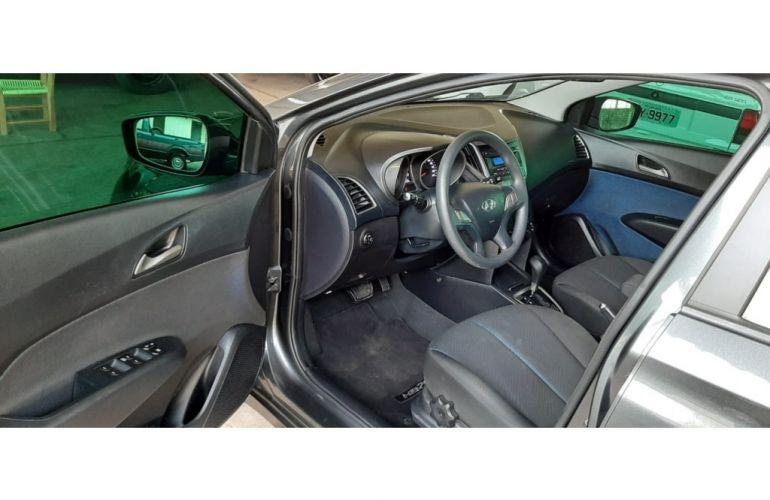 Hyundai HB20 1.6 Comfort Style (Aut) - Foto #9