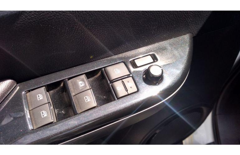Toyota Hilux 2.8 TDI SRV CD 4x4 (Aut) - Foto #10