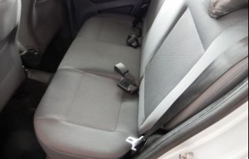 Volkswagen Fox Trend 1.0 Mi 8V Total Flex - Foto #9