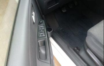 Volkswagen Fox 1.0 VHT (Flex) 4p - Foto #2