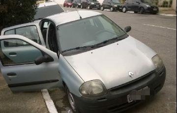 Renault Clio Hatch. RL 1.0 8V - Foto #2