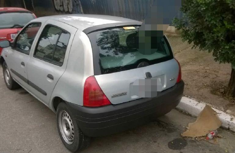 Renault Clio Hatch. RL 1.0 8V - Foto #5