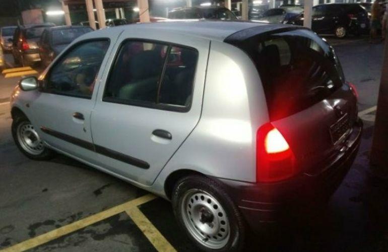 Renault Clio Hatch. RL 1.0 8V - Foto #6