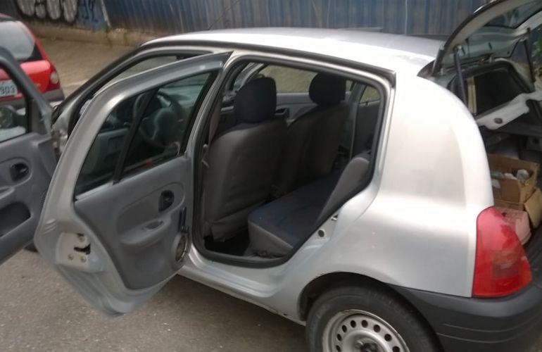 Renault Clio Hatch. RL 1.0 8V - Foto #9