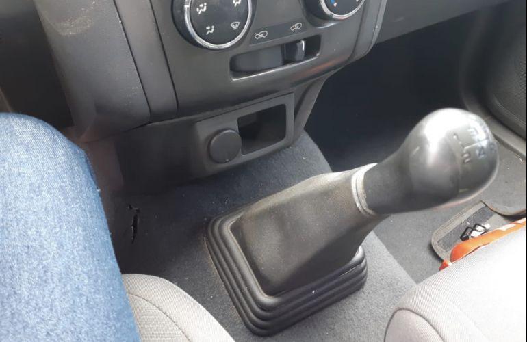 Chevrolet S10 LS 2.4 4x2 (Cab Dupla) (Flex) - Foto #2