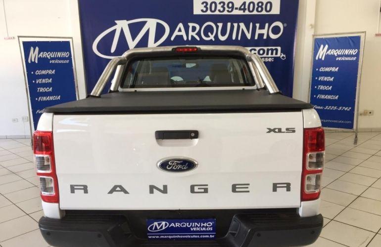 Ford Ranger 3.2 TD XLS CD Auto 4x4 - Foto #6
