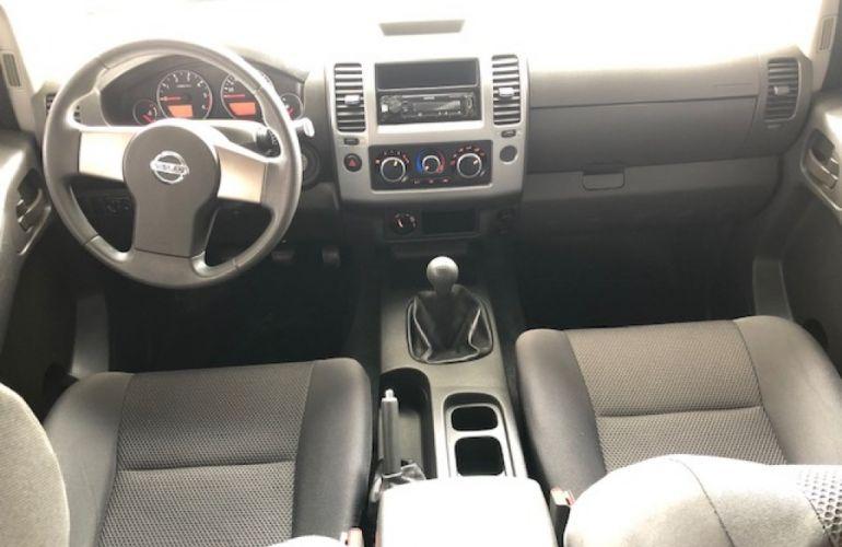 Nissan Frontier 2.5 TD CD S 4x4 - Foto #6