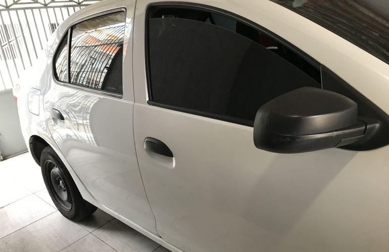 Renault Logan Authentique 1.0 12V SCe (Flex) - Foto #2