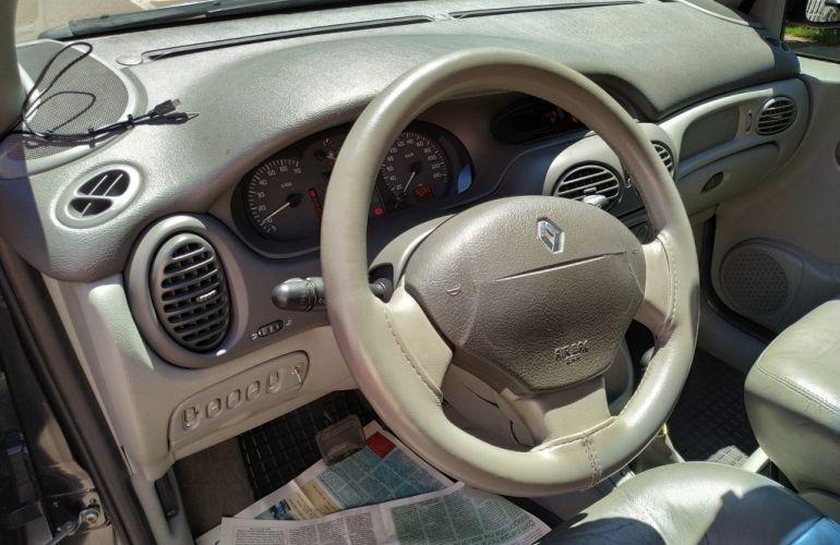 Renault Scénic RXE 2.0 16V (aut) - Foto #5