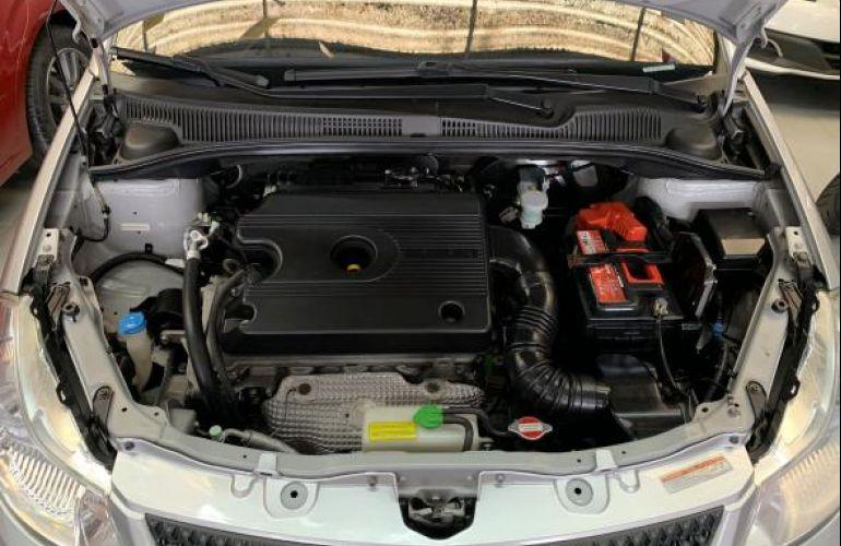 Suzuki SX4 2.0 16V 4WD (Aut) - Foto #8