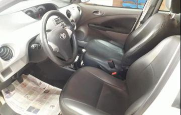 Toyota Etios Sedan XLS 1.5 (Flex) - Foto #3