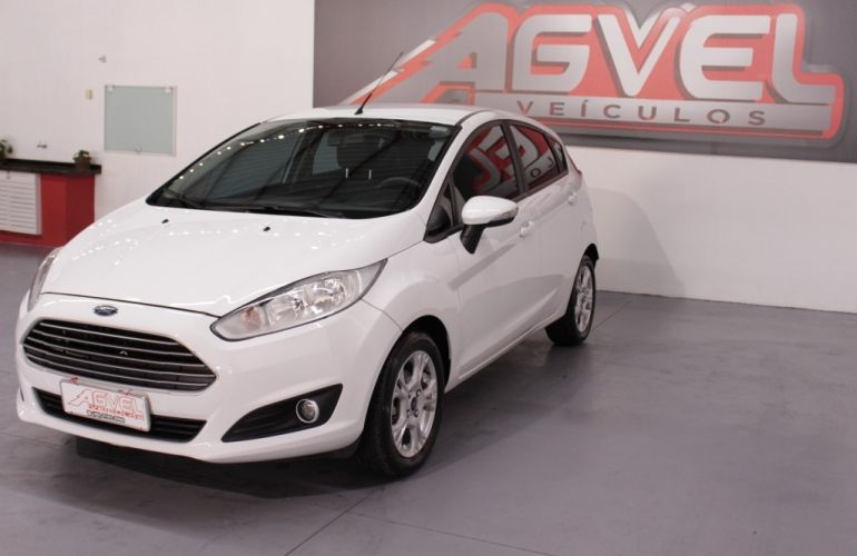 Ford Fiesta Hatch  SE Plus 1.6 RoCam (Flex) - Foto #2