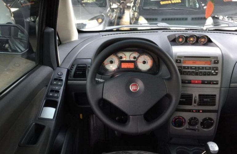 Fiat Idea Adventure Locker 1.8 MPI 16V Flex - Foto #6