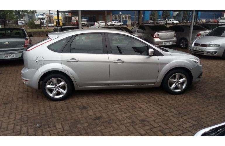 Ford Focus Hatch SE 1.6 16V TiVCT - Foto #8