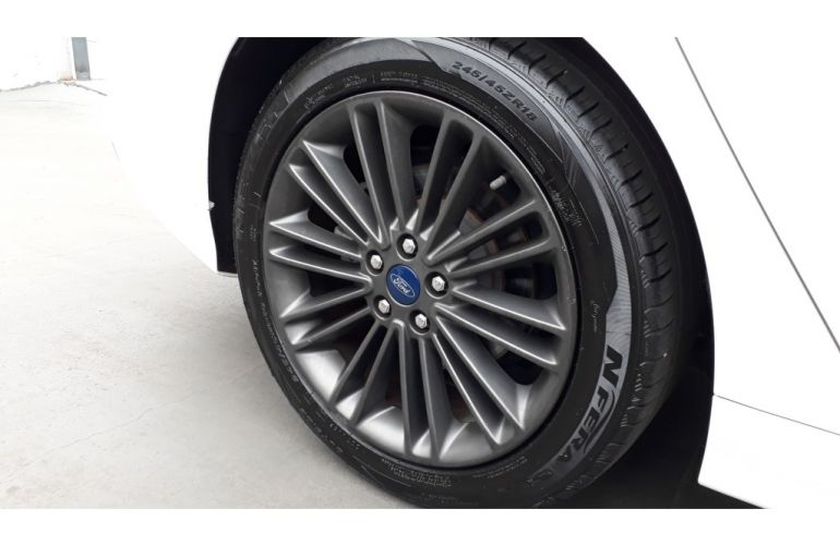 Ford Fusion 2.0 EcoBoost Titanium (Aut) - Foto #3
