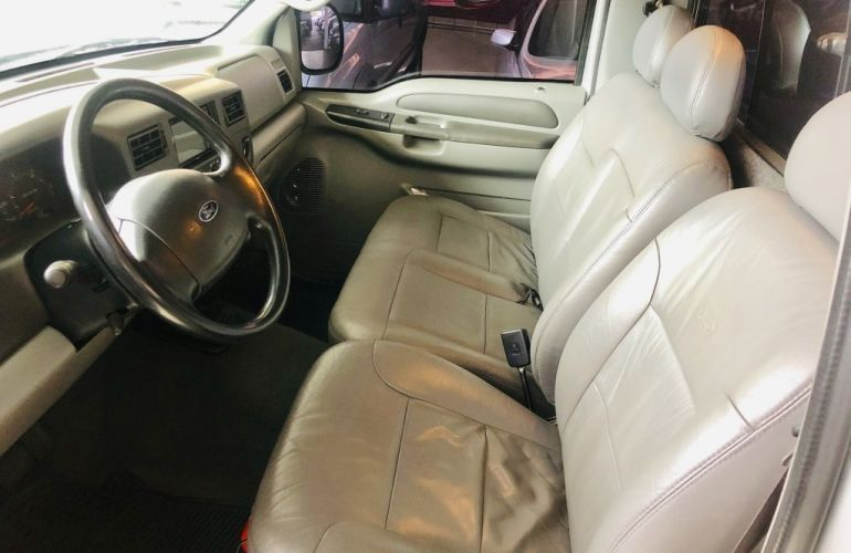 Ford F-250 XLT 4x2 3.9 (Cab Simples) - Foto #8