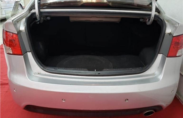 Kia Cerato 1.6 Sx3 16V Gasolina 4p Automático - Foto #4