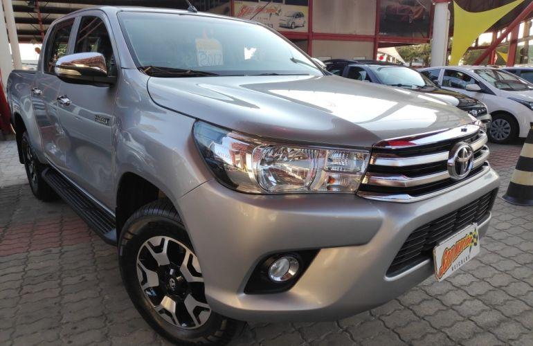 Toyota Hilux 2.8 TDI STD CD 4x4 - Foto #1