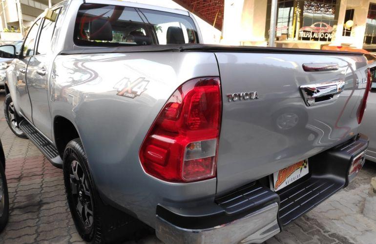Toyota Hilux 2.8 TDI STD CD 4x4 - Foto #4