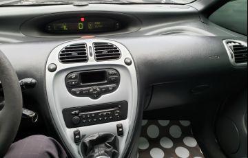 Citroën Xsara Picasso Exclusive 1.6 16V (flex) - Foto #4