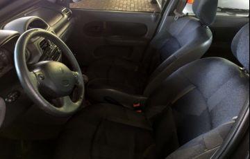 Renault Clio Sedan RN 1.0 16V - Foto #7