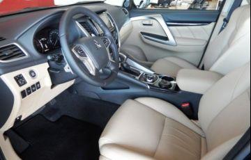 Mitsubishi Pajero SPORT HPE AWD 2.4 16V MIVEC TURBO DIESEL - Foto #8