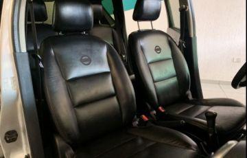 Nissan Livina X-Gear S 1.6 16V (flex) - Foto #10