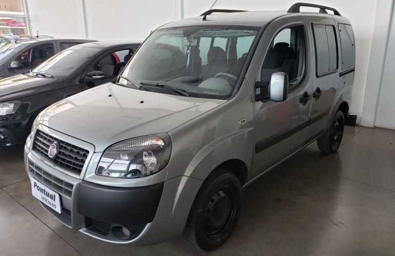 Fiat Doblò Essence 1.8 7L (Flex) - Foto #3