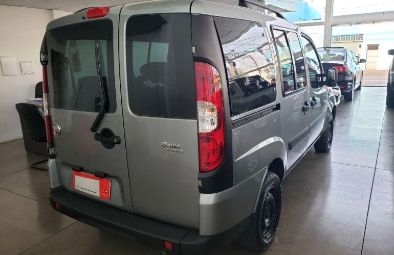 Fiat Doblò Essence 1.8 7L (Flex) - Foto #6