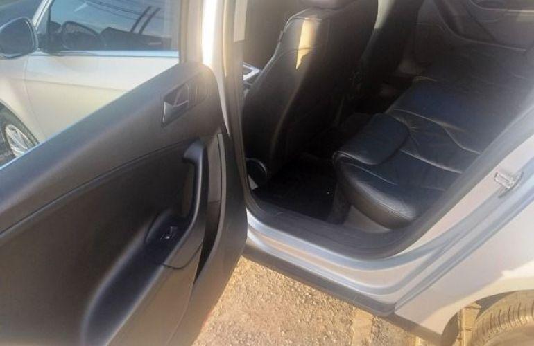 Volkswagen Passat 2.0 FSI DSG - Foto #8
