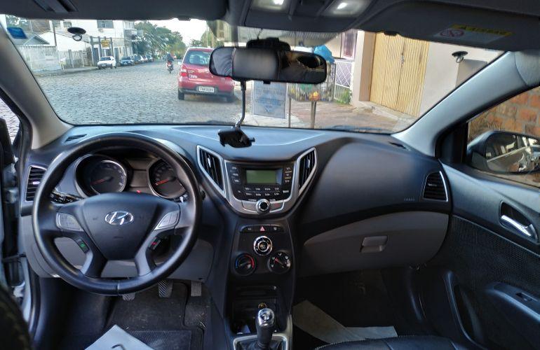 Hyundai HB20S 1.6 Comfort Style - Foto #5
