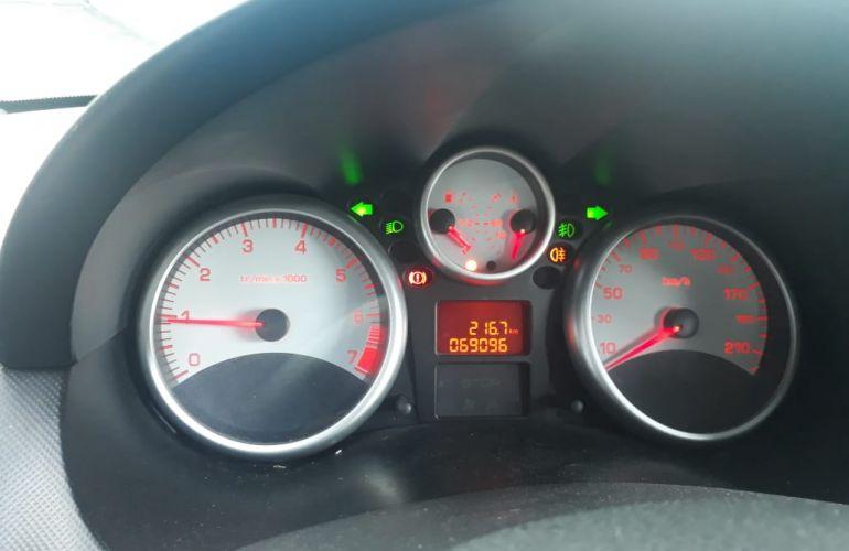 Peugeot 207 Passion XR 1.4 8V (flex) - Foto #6