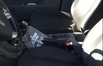 Ford Focus Hatch GL 1.6 16V (Flex) - Foto #3
