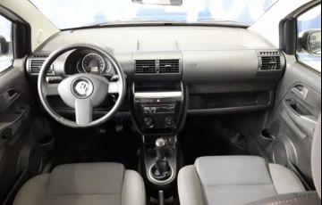 Volkswagen Fox City 1.0 8V (Flex) - Foto #10