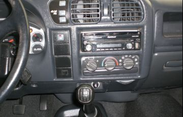 Chevrolet S10 Tornado 4x4 2.8 Turbo Electronic (Cab Dupla) - Foto #9
