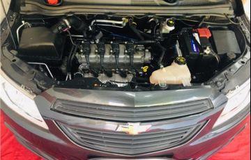 Chevrolet Onix 1.0 MPFi Joy 8V Flex 4p Manual - Foto #3