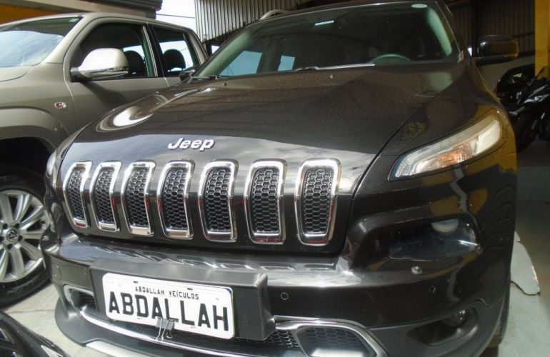 Jeep Cherokee Limited 3.2 V6 - Foto #2