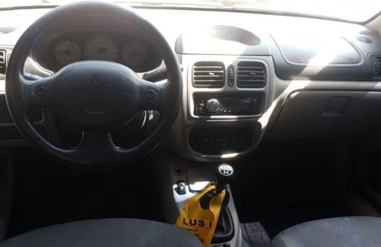 Renault Clio Authentique 1.0 16V - Foto #4