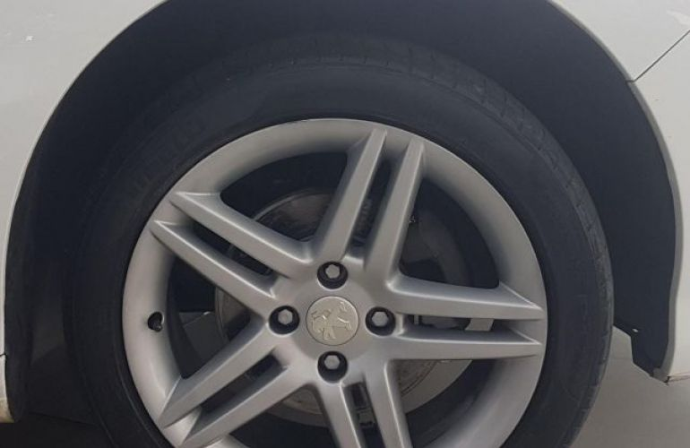 Peugeot 308 Feline 2.0 16V Flex - Foto #4