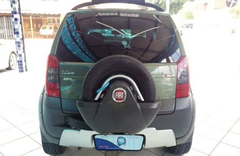 Fiat Idea Adventure 1.8 16V Flex - Foto #7