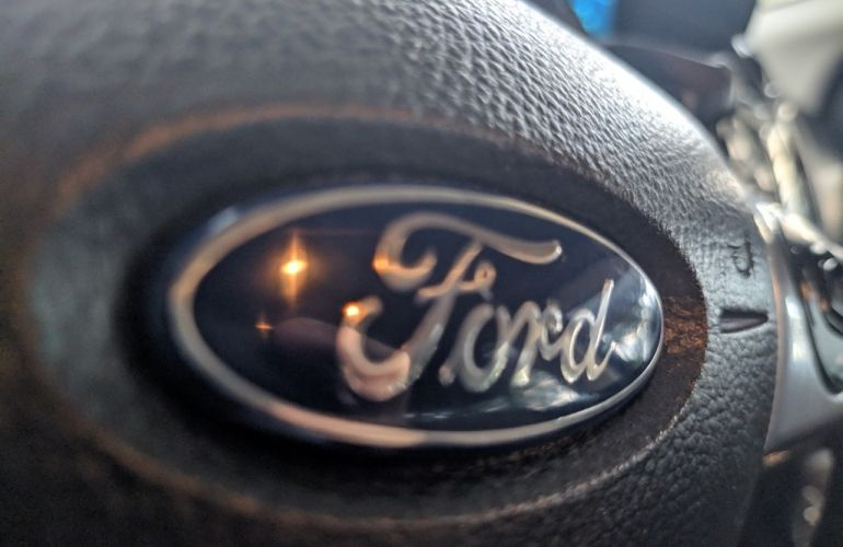 Ford Focus Hatch S 1.6 16V TiVCT PowerShift - Foto #9