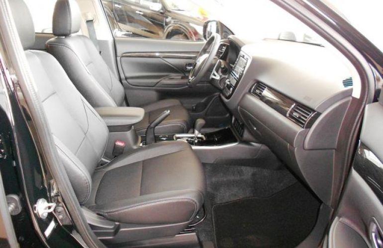 Mitsubishi Outlander HPE 2.0 CVT - Foto #4