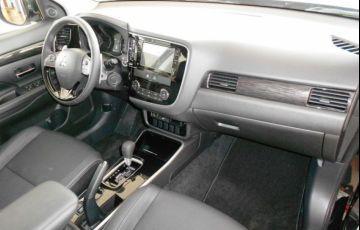 Mitsubishi Outlander HPE 2.0 CVT - Foto #5