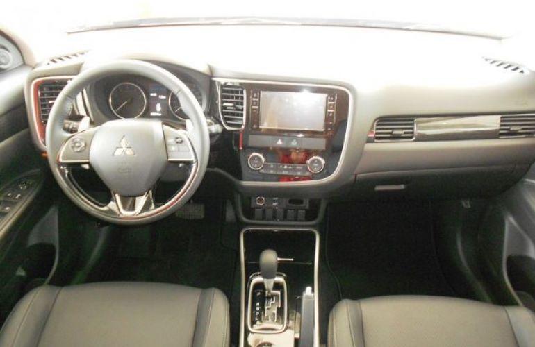 Mitsubishi Outlander HPE 2.0 CVT - Foto #7