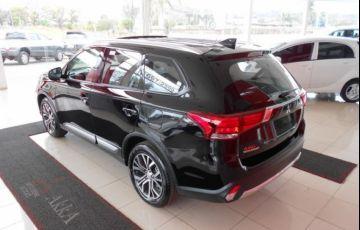 Mitsubishi Outlander HPE 2.0 CVT - Foto #8