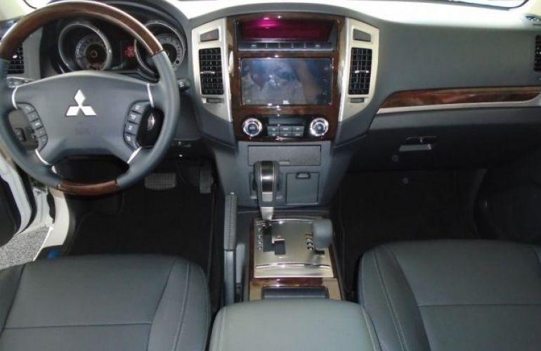 Mitsubishi Pajero Full HPE 4X4 3.2 Turbo Intercooler 16V - Foto #4