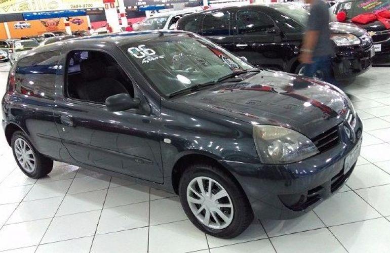 Renault Clio Authentique 1.0 16V Hi-Flex - Foto #2